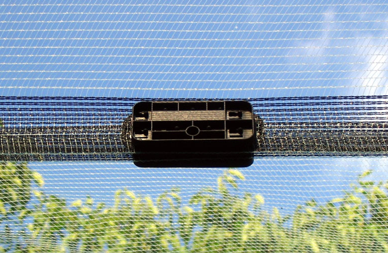 Attachment accessories for anti hail nets Netten
