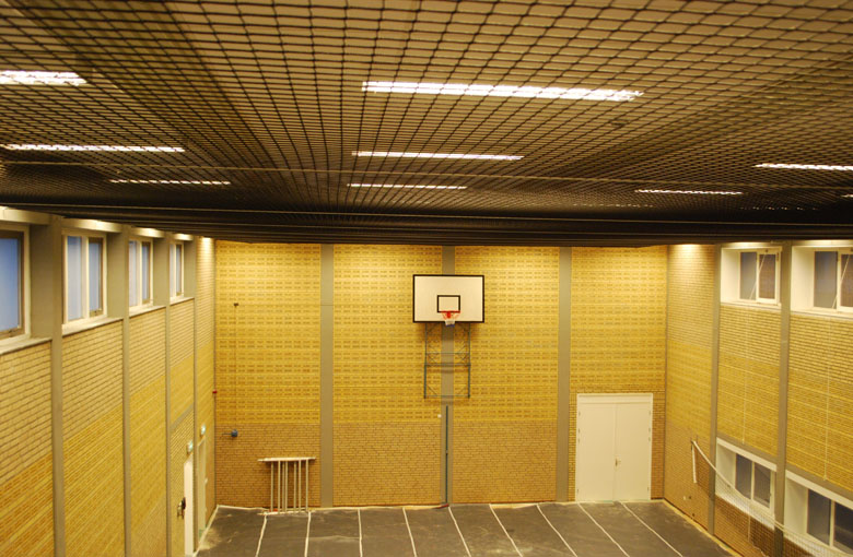 Knotted ball stop nets Netten